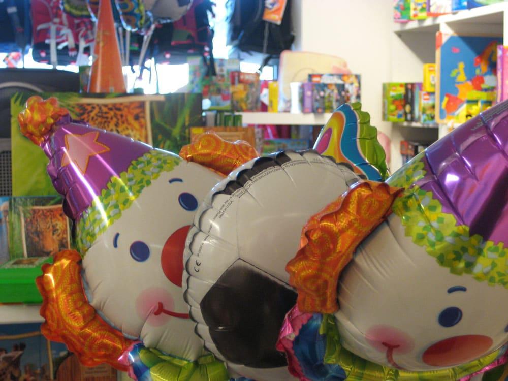 luftballons heliumballons die vielfalt bei l hmann in hamburg. Black Bedroom Furniture Sets. Home Design Ideas