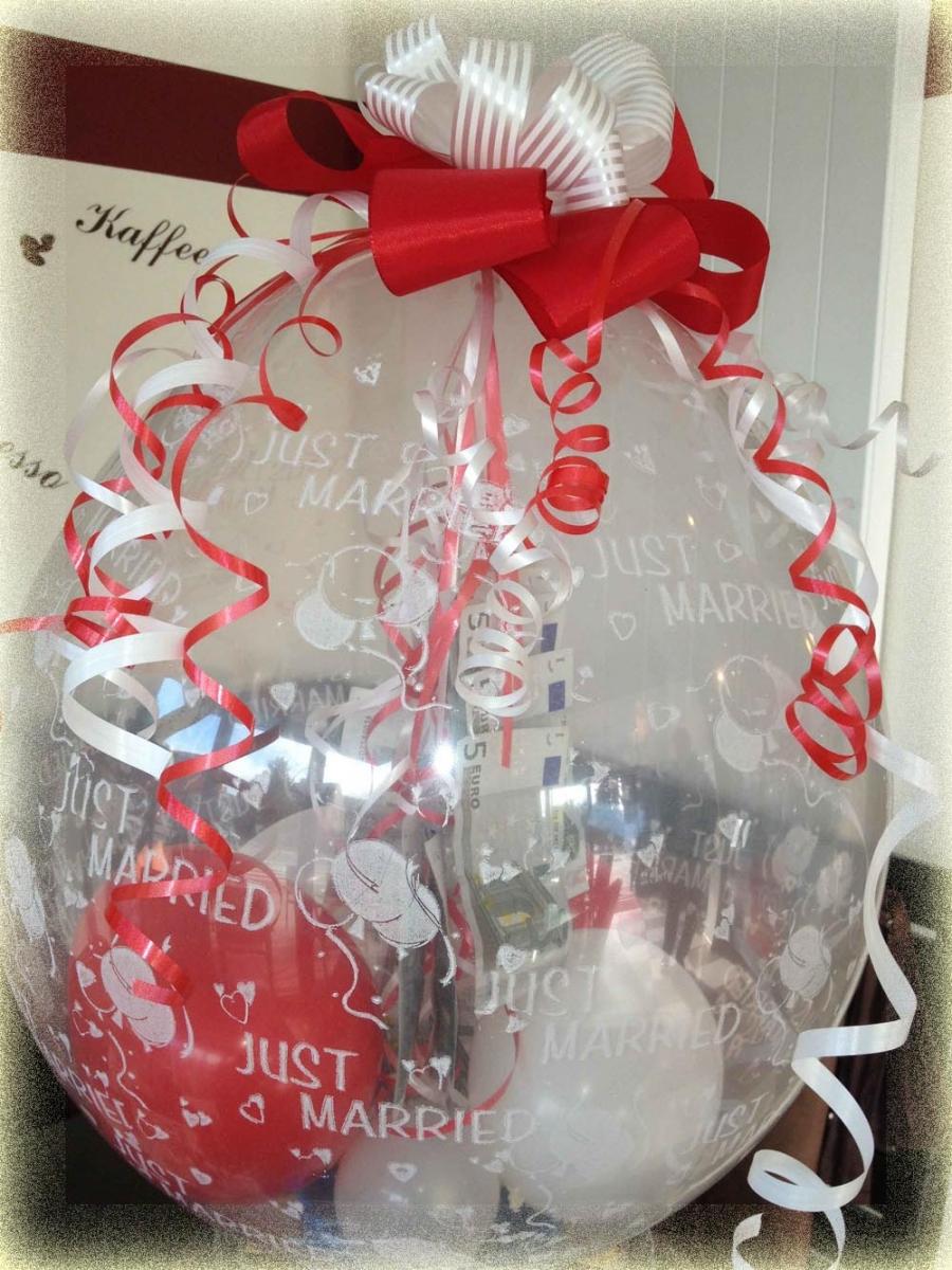 hochzeitsgeschenk ballon die besten momente der hochzeit. Black Bedroom Furniture Sets. Home Design Ideas